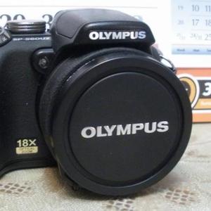 Продам цифровой фотоаппарат OLYMPUS SP-560UZ. Б/у,  отл.состояние. Карт