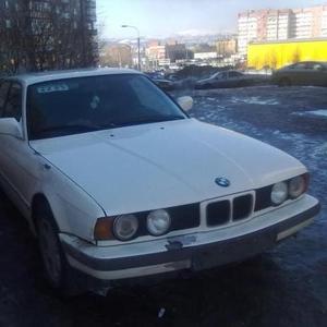Продаю автомобиль BMW 525I