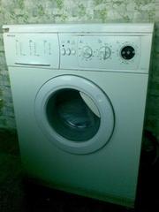Продам стиральную машину INDESIT WGD 934 TX